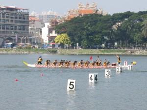 中山大學IBMBA龍舟隊比賽實況。