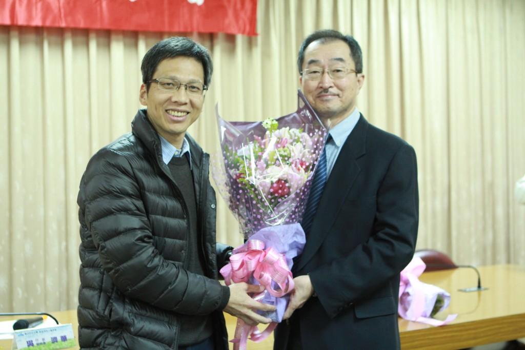 企管系主任吳基逞老師與楊碩英老師