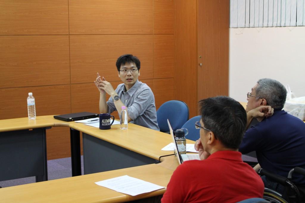 康藝晃老師說明課程規劃