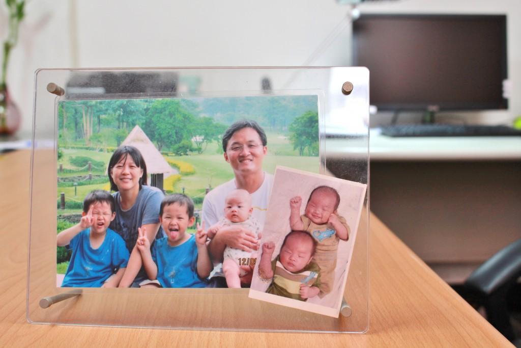 譚躍老師與家人合照