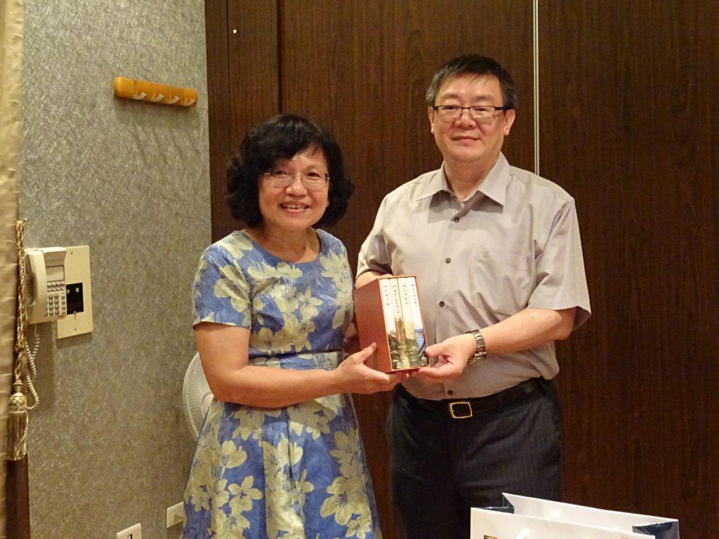 台南市校友會理事長造訪南科 期促成台積電校友入會