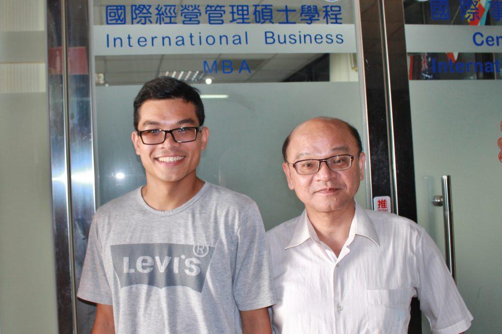 IBMBA102級校友陳玉林與IBMBA宋兆賢老師