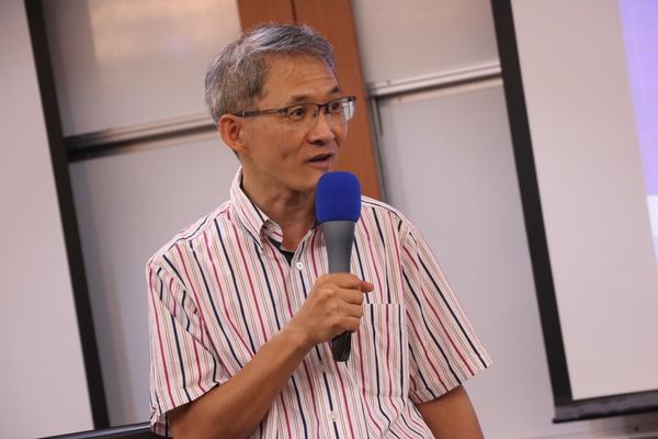 管學中心主任黃三益教授