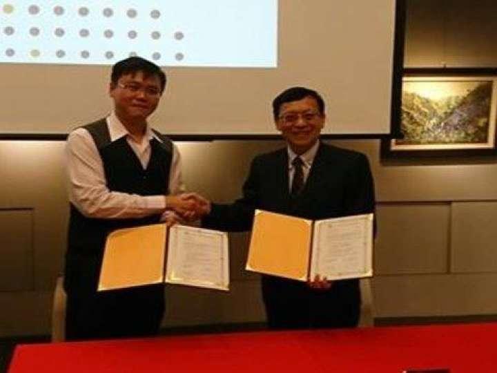 社企方舟聯盟簽約。